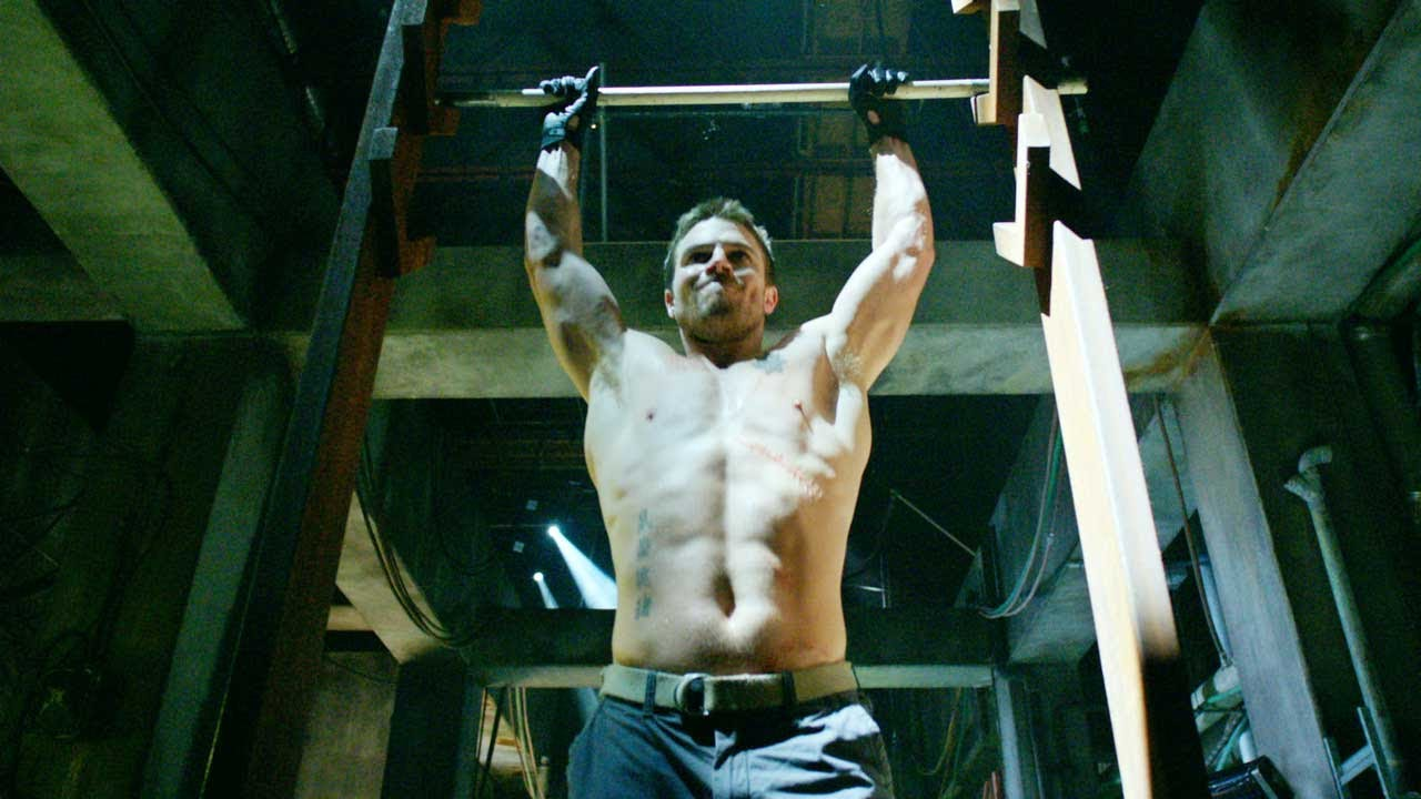 Stephen Amell Superhero Workout