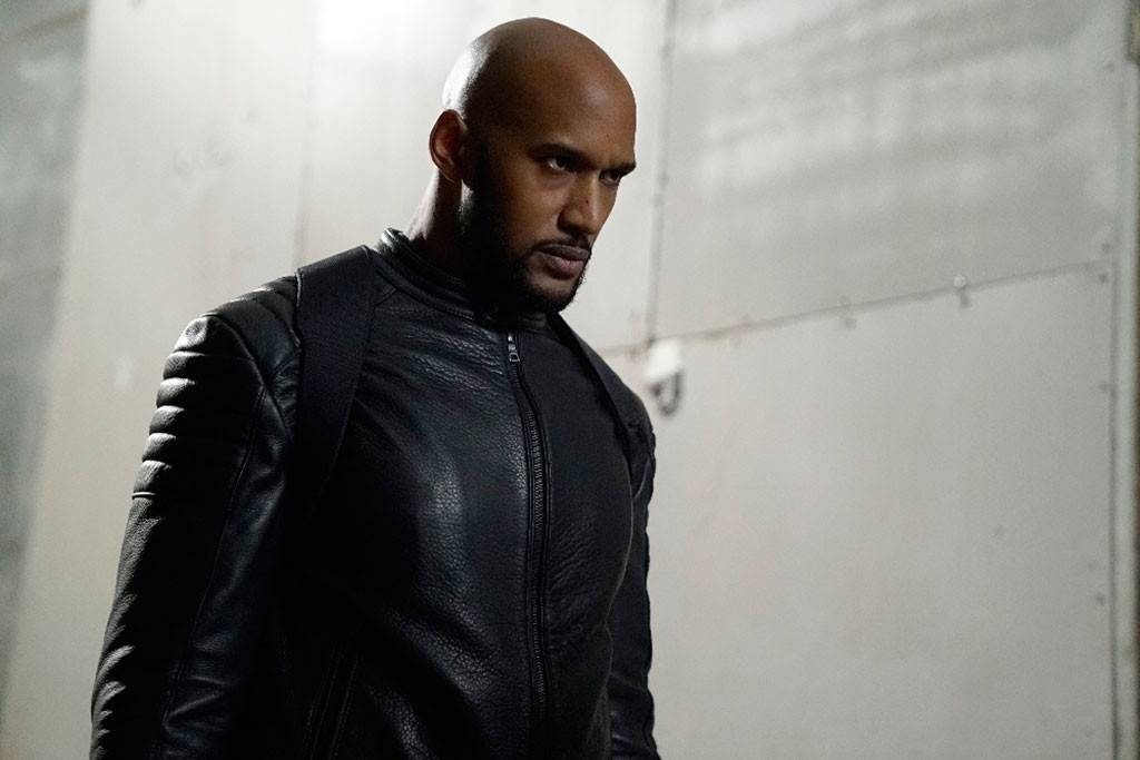 Henry Simmons Workout 2