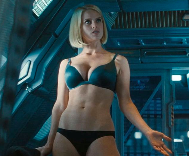 Alice Eve Workout 1
